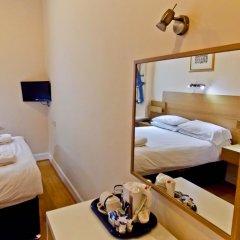 Отель The Victorian House 2* Номер категории Эконом с 2 отдельными кроватями (общая ванная комната) фото 18