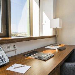 Отель Ramada by Wyndham Lisbon удобства в номере фото 2