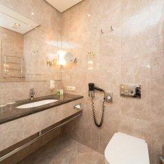 Rixwell Gertrude Hotel 4* Улучшенный номер с двуспальной кроватью фото 26
