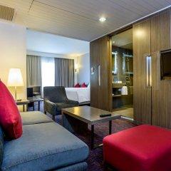 Отель Novotel Bangkok On Siam Square 4* Улучшенный номер с различными типами кроватей фото 4