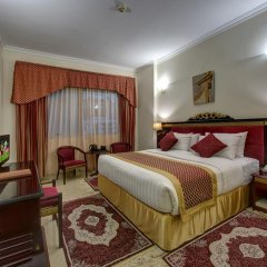 Comfort Inn Hotel 3* Стандартный номер с двуспальной кроватью фото 3