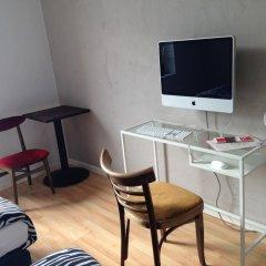 Hostel Octopus Gdańsk Стандартный номер с двуспальной кроватью фото 2