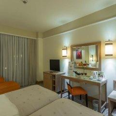 Alva Donna Beach Resort Comfort Турция, Сиде - отзывы, цены и фото номеров - забронировать отель Alva Donna Beach Resort Comfort онлайн удобства в номере