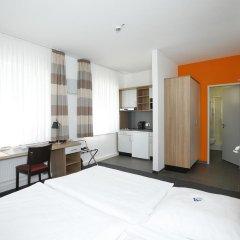 Отель Townhouse Düsseldorf 3* Стандартный номер с двуспальной кроватью фото 12