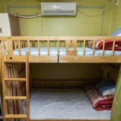 Отель Urban Art Guesthouse 2* Кровать в женском общем номере с двухъярусной кроватью фото 3