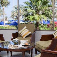 JA Beach Hotel бассейн фото 2