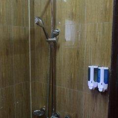 WEStay at the Grand Nyaung Shwe Hotel 3* Кровать в общем номере с двухъярусной кроватью фото 5