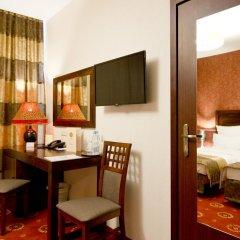 Columbus Hotel 3* Стандартный номер с двуспальной кроватью фото 6