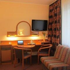 Hotel Atrium 3* Стандартный семейный номер с двуспальной кроватью фото 12