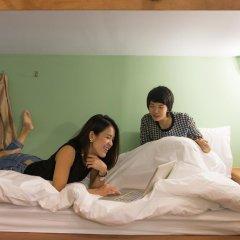 Barn And Bed Hostel Кровать в общем номере фото 5