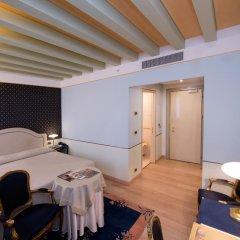 Hotel Monaco & Grand Canal 4* Номер Classic с двуспальной кроватью фото 3