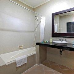 Отель Adi Dharma Hotel Индонезия, Бали - 2 отзыва об отеле, цены и фото номеров - забронировать отель Adi Dharma Hotel онлайн ванная