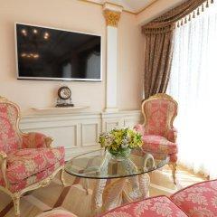 Гостиница Trezzini Palace 5* Люкс повышенной комфортности с различными типами кроватей фото 12