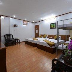Lake Side Hostel Стандартный семейный номер с двуспальной кроватью фото 3
