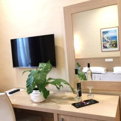 Hotel Ambassador 3* Номер Комфорт с различными типами кроватей фото 24