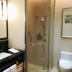 Отель Zhongshan Tegao Business Hotel Китай, Чжуншань - отзывы, цены и фото номеров - забронировать отель Zhongshan Tegao Business Hotel онлайн ванная