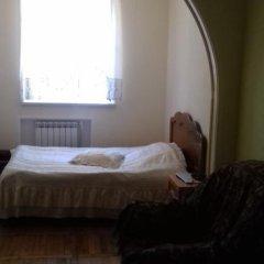 Отель Jermuk Guest House 2* Стандартный номер с двуспальной кроватью фото 4