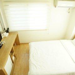 Отель Blessing in Seoul 2* Стандартный номер с двуспальной кроватью фото 2