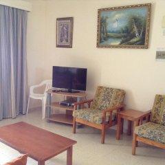 Апартаменты Rododafni Beach Apartments комната для гостей фото 2