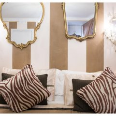 Отель BibiArezzo Номер Делюкс фото 4