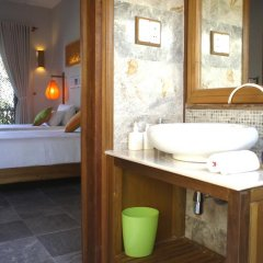 Отель Hoi An Chic 3* Люкс с различными типами кроватей фото 23