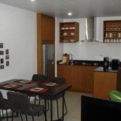 Апартаменты Naiharn Beach Road Apartment в номере