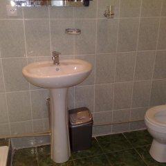Отель Guest House Nikala Грузия, Тбилиси - отзывы, цены и фото номеров - забронировать отель Guest House Nikala онлайн ванная фото 2