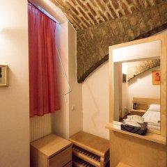 Отель Angel's Place Vienna 3* Номер с общей ванной комнатой фото 9