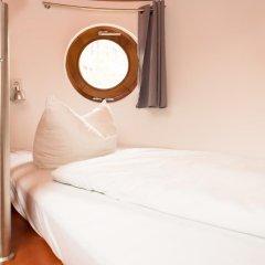 Отель HOLI-Berlin Hotel Германия, Берлин - отзывы, цены и фото номеров - забронировать отель HOLI-Berlin Hotel онлайн комната для гостей фото 2