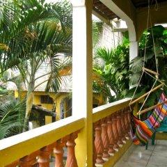 Отель Casa Doña Elena B&B Копан-Руинас балкон