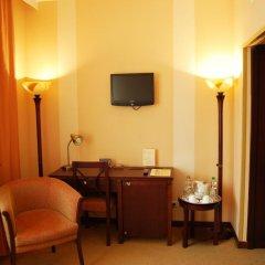 Гостиница Минск 4* Улучшенный номер с двуспальной кроватью фото 3