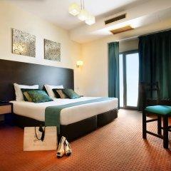 Hotel DAH - Dom Afonso Henriques 2* Стандартный семейный номер с двуспальной кроватью