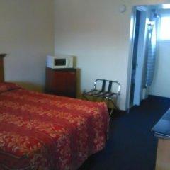 Отель Holiday Motel Oakdale комната для гостей фото 2