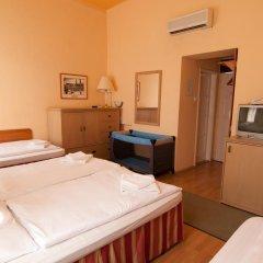 Budapest Csaszar Hotel 3* Стандартный номер с различными типами кроватей фото 7