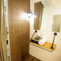 Отель Glur Bangkok Стандартный номер разные типы кроватей фото 10