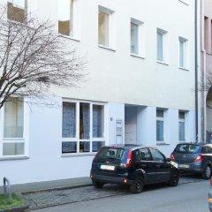 Отель Das Falk Apartmenthaus Германия, Нюрнберг - отзывы, цены и фото номеров - забронировать отель Das Falk Apartmenthaus онлайн парковка