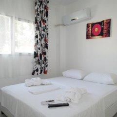 Отель Fullmoon Pansiyon Exclusive Чешме комната для гостей фото 2