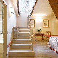 Отель Palazzo Niccolini Al Duomo 4* Номер Делюкс с различными типами кроватей фото 11