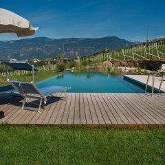 Отель Lavendelhof Аппиано-сулла-Страда-дель-Вино бассейн