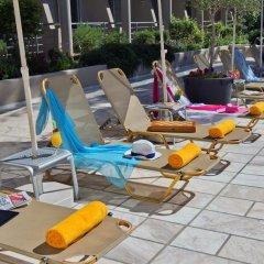 Minos Hotel бассейн