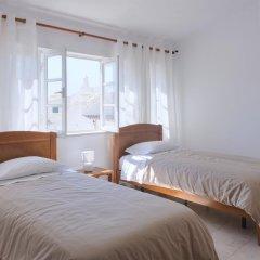 Отель Flow House - Guesthouse Surf Kite Surf School 3* Стандартный номер 2 отдельные кровати (общая ванная комната) фото 5