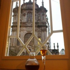 Отель Clérigos Ville Porto Rooms гостиничный бар