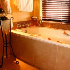 Отель Kuzuko Lodge 5* Шале Делюкс с различными типами кроватей фото 12