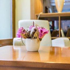 Corvin Hotel Budapest - Sissi wing в номере фото 2