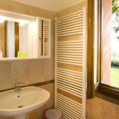 Отель Agriturismo Cascina Roveri Монцамбано ванная фото 2