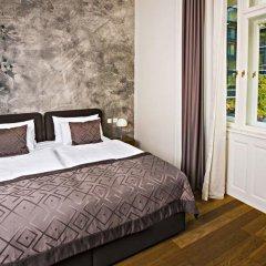 Отель Golden Crown 4* Улучшенный номер с двуспальной кроватью фото 27