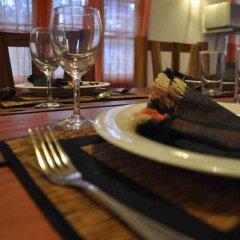 Отель Tissakumbura Holiday Home гостиничный бар