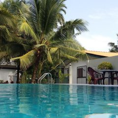 Отель Karl Holiday Bungalow Шри-Ланка, Калутара - отзывы, цены и фото номеров - забронировать отель Karl Holiday Bungalow онлайн бассейн
