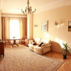 Гостиница Британский Клуб во Львове 4* Люкс с разными типами кроватей фото 2