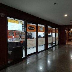 Отель Omni Tower Syncate Suites Бангкок интерьер отеля фото 2